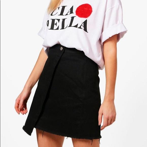64c5ee371f Boohoo Black Denim Mini Skirt